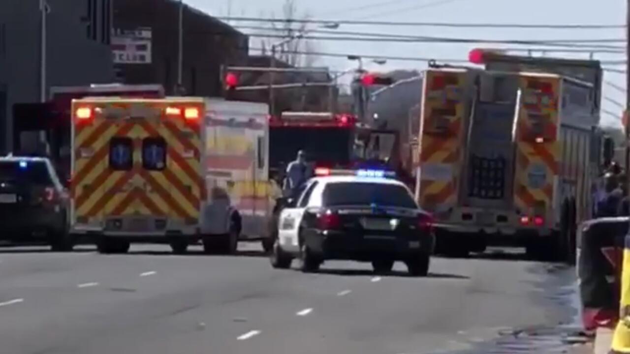 DEVELOPING NEWARK NJ: Fatal Crash Under Investigation in