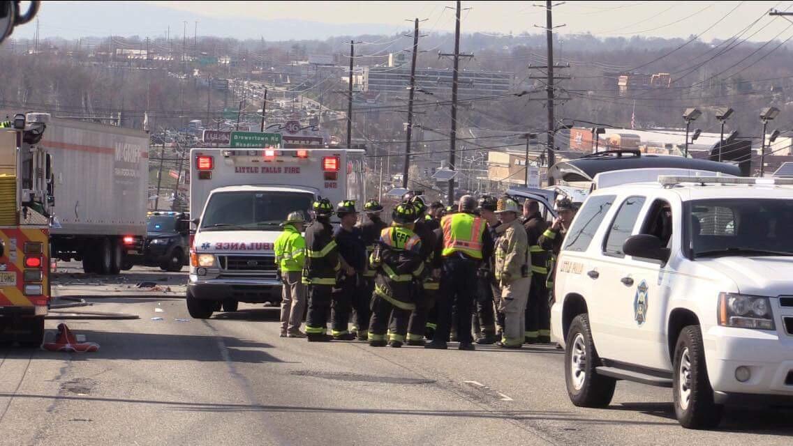BREAKING LITTLE FALLS NJ: Fatal Crash Shuts Down Rt  46 in