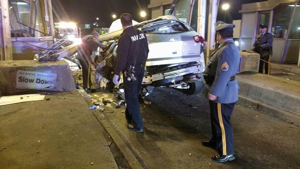 One Dead , One Injured in NJ Turnpike Crash in Newark